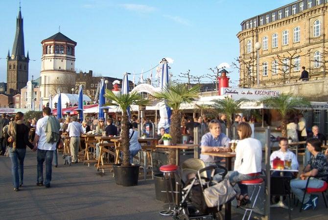 Dusseldorf Rheinufer Gosch Sylt