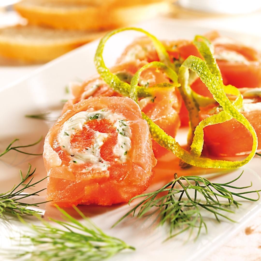 Räucherlachs mit Kräuter-Limetten-Frischkäse